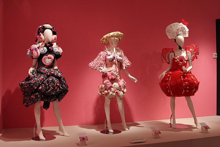exhibit costumes